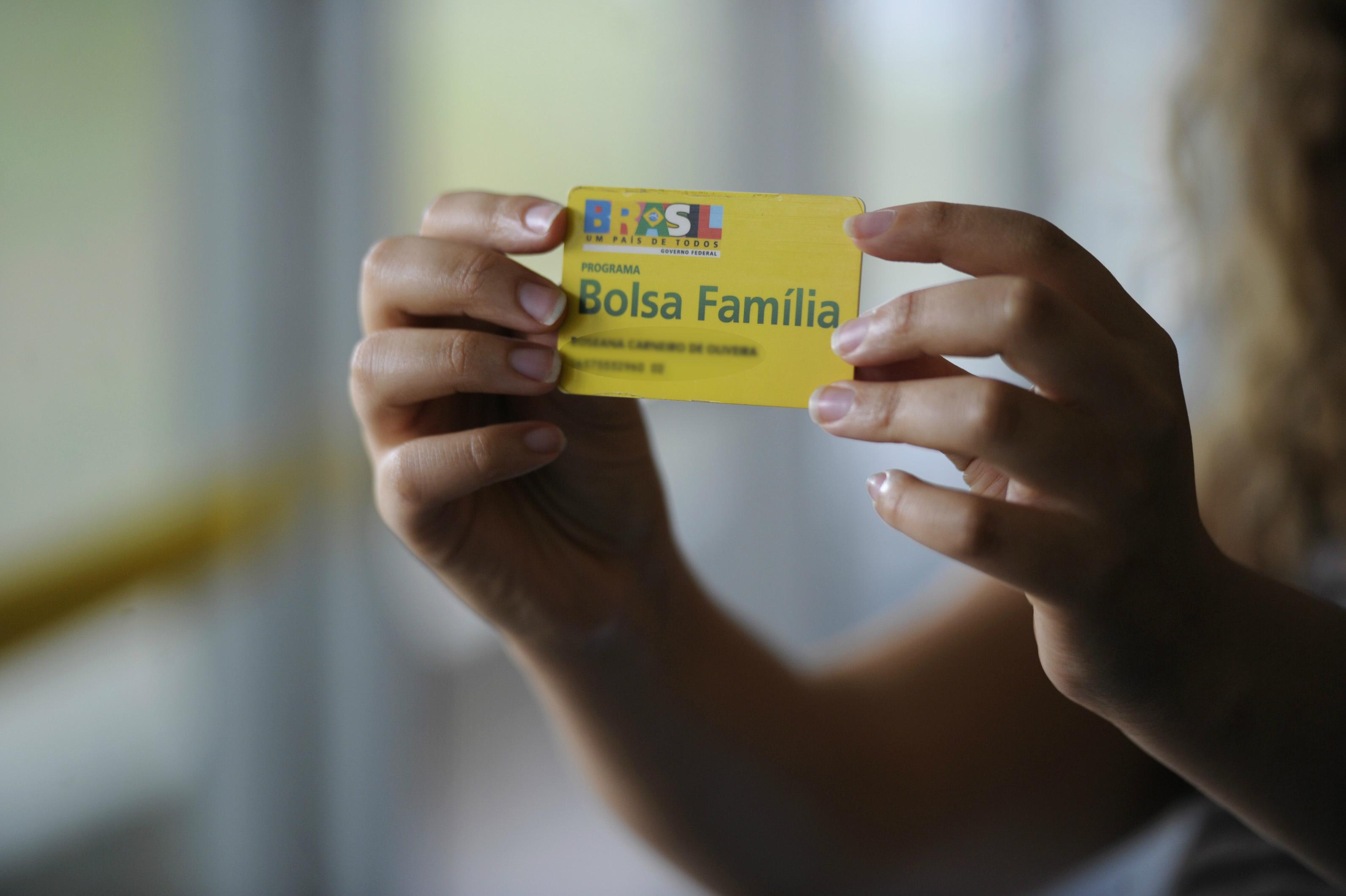 BOLSA-FAMILIA-agencia-senado-1